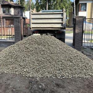 доставка строительных материалов для благоустройства участка коттеджа