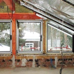 фронтон с оконными конструкциями