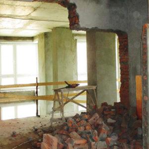 Демонтаж стен внутри коттеджа КП Чистые Пруды