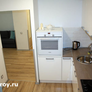 выход из кухни. Отделка квартиры в комплексе, Москва