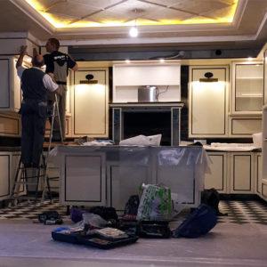 бережный переезд встроенной мебели кухни шкафы