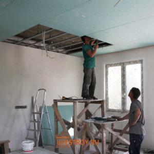 Обшивка потолка 1 этаж коттеджа